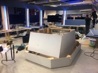 Komentosillan tukirakenne alkaa valmistua. © Tuomas Puikkonen